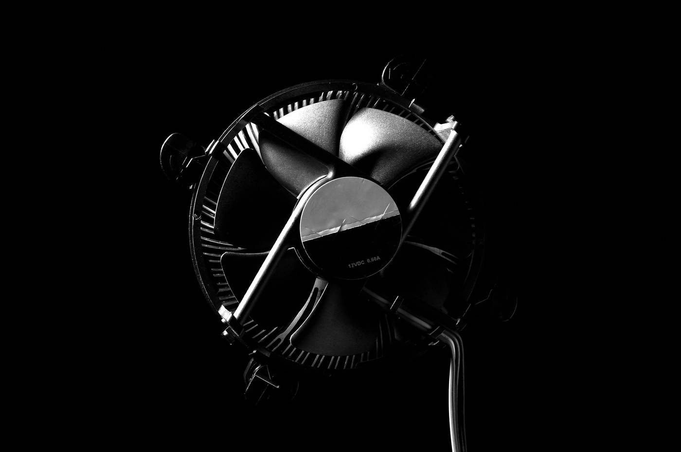 How To Make A Room Fan Quieter Do It